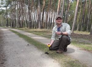 Robert Myslajek freut sich über einen Wolfsnachweis