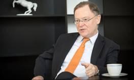 """Ministerpräsident Weil (SPD) will """"weniger Wölfe."""""""