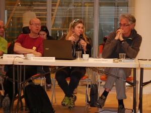 Henrik Andren (Schweden), Francesca Marucco  und Claudio Groff (Italien) in der Diskussion des Bärenprojekts im Trentino.